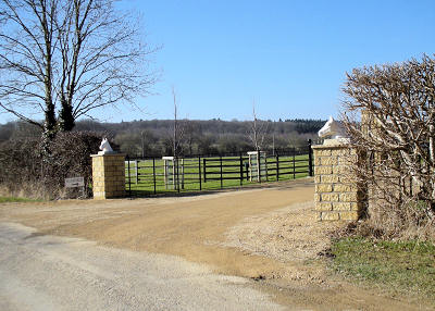 Entrance to Halefield Farm